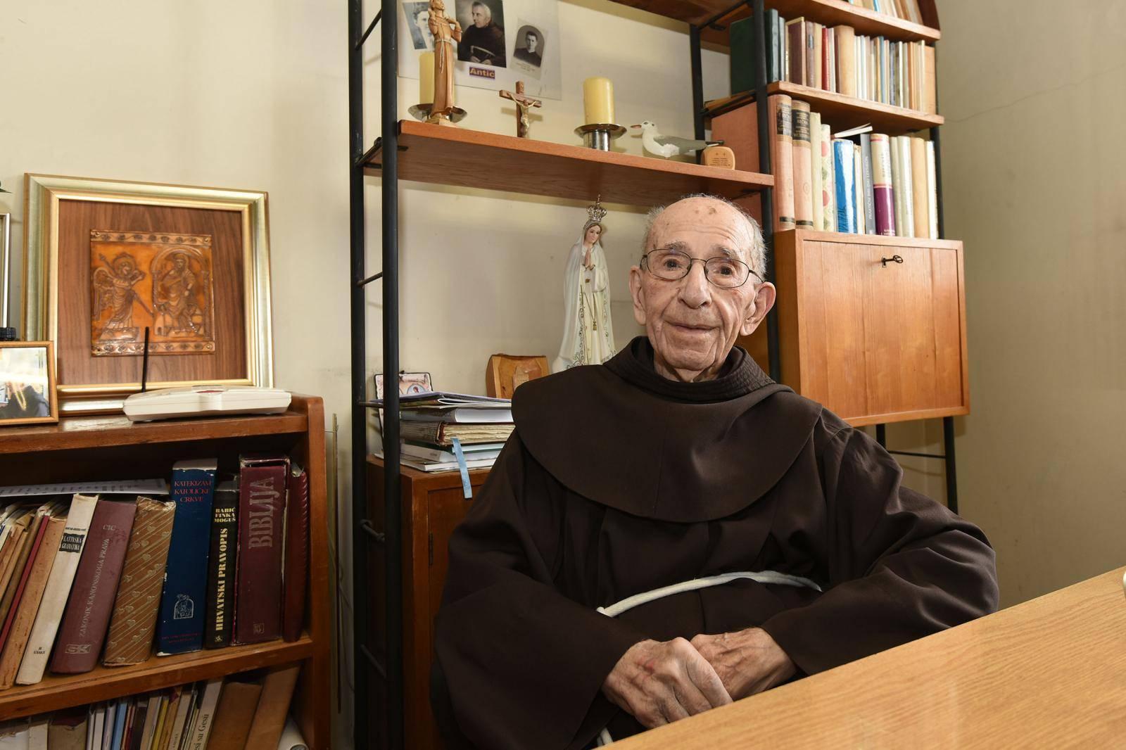 Bio je najstariji franjevac na svijetu: Doživio je 105 godina