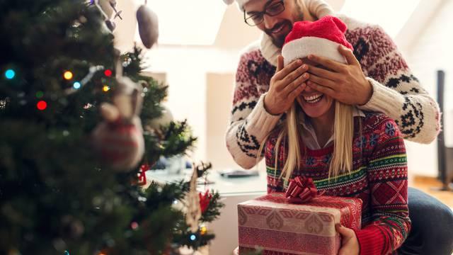 Za najljepše trenutke koji se pamte uz NIVEA božićne pakete
