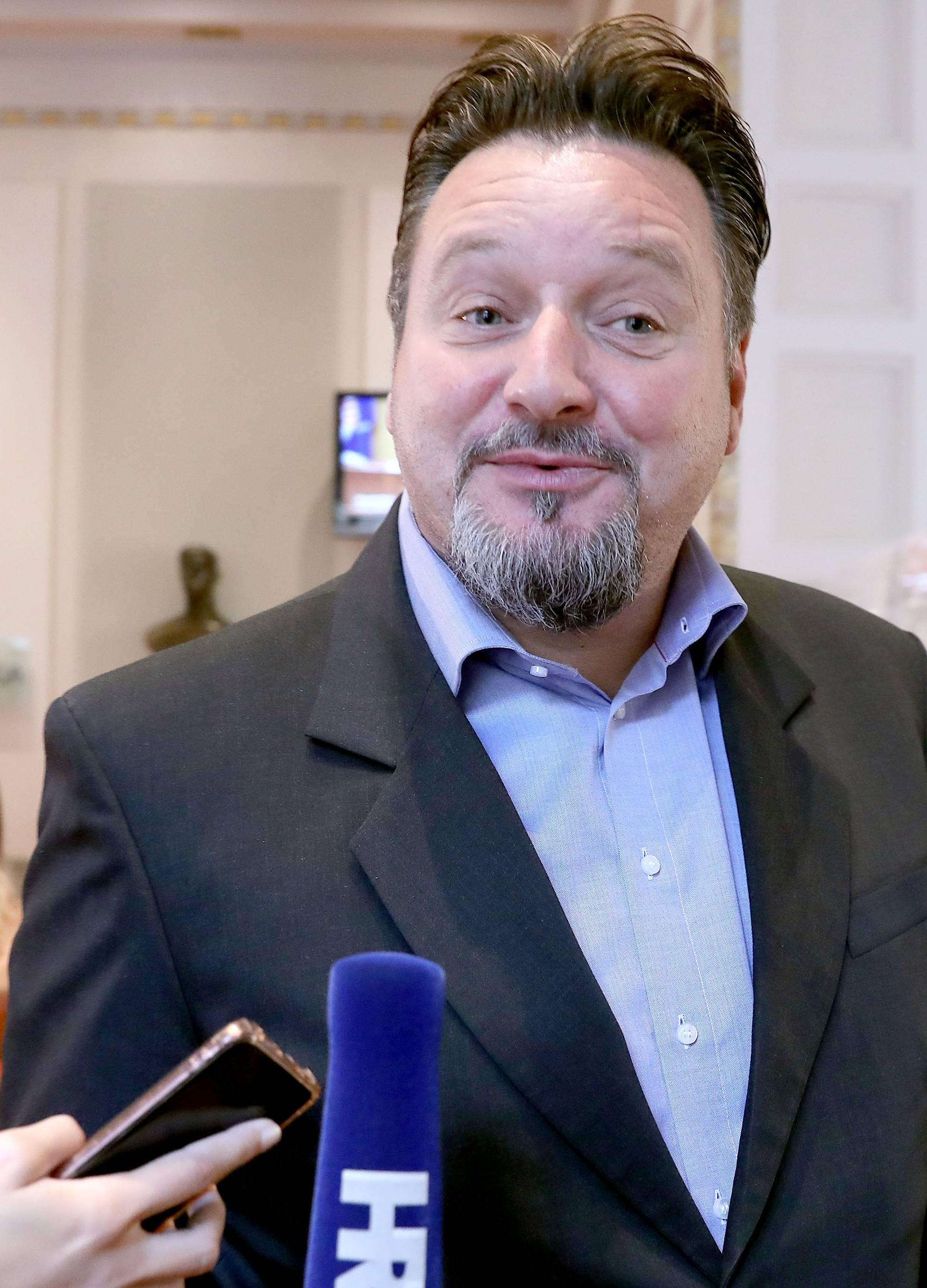 Zagreb: Kuščević dao izjavu nakon glasovanja u Saboru