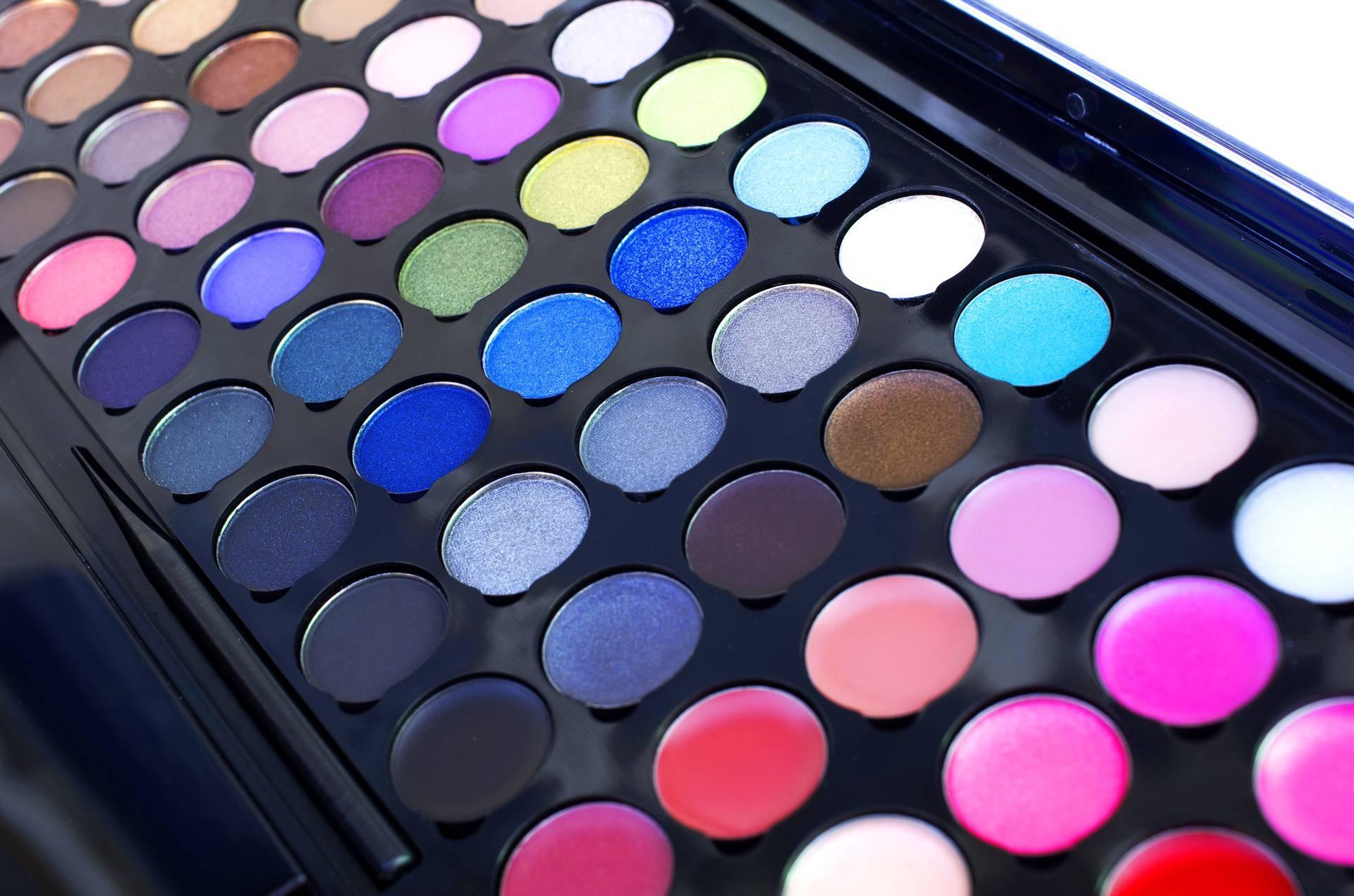 L'Oreal želi da im vratite staru šminku kako bi je reciklirali