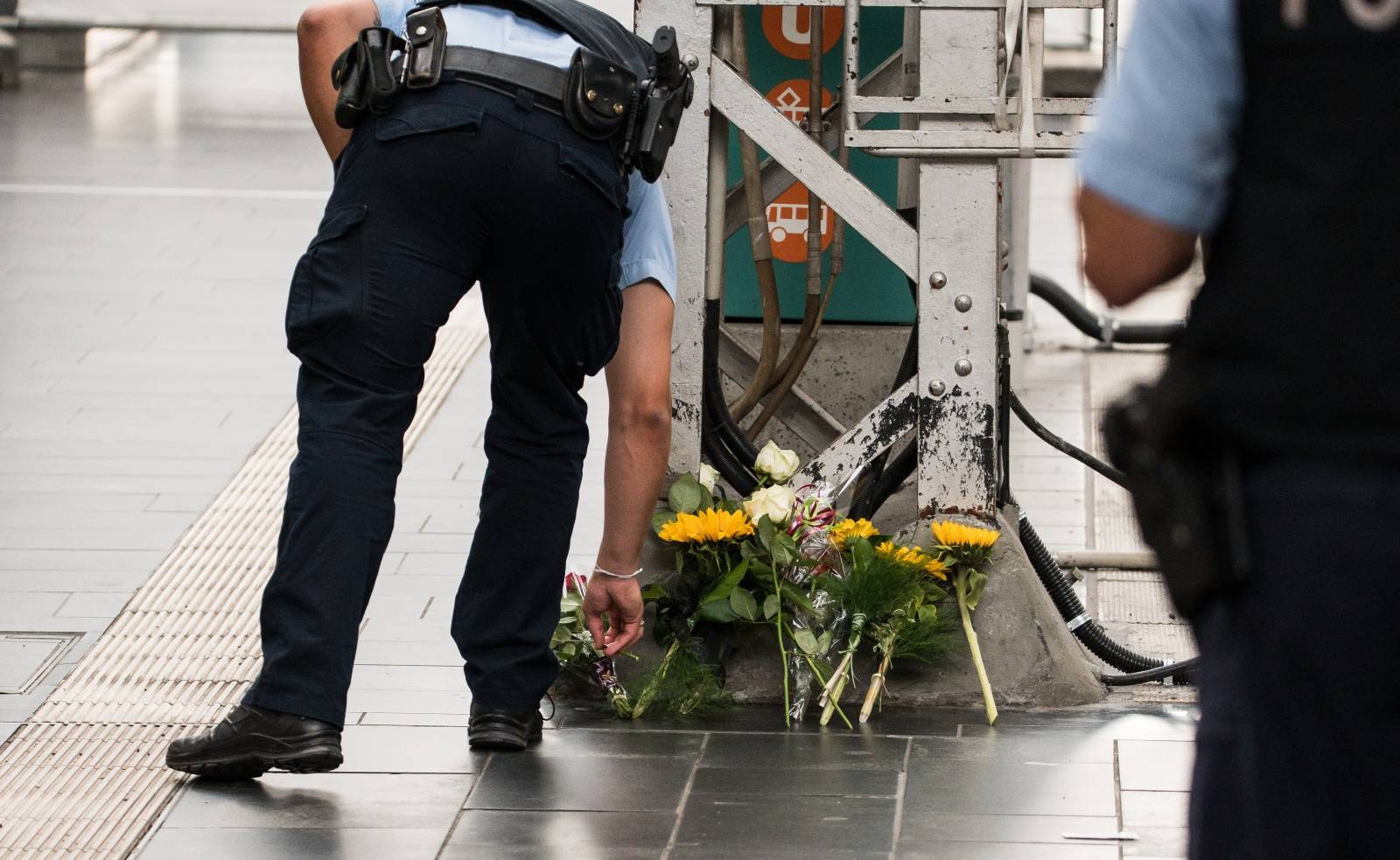 Attack at Frankfurt Central Station