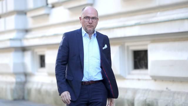 Ostavio dug: Bandić je izbacio Brkića iz još jednog lokala