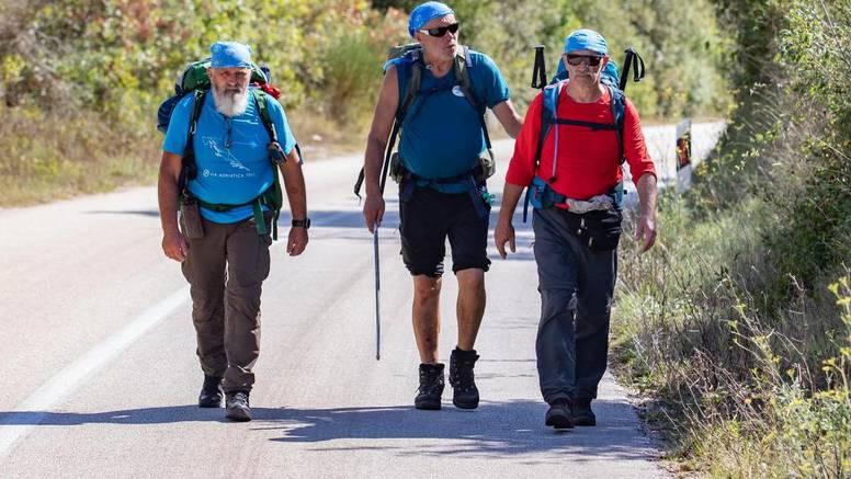 Slijepi planinar iz Istre: Na  putu pjevam. Osjećam lišće i vjetar...