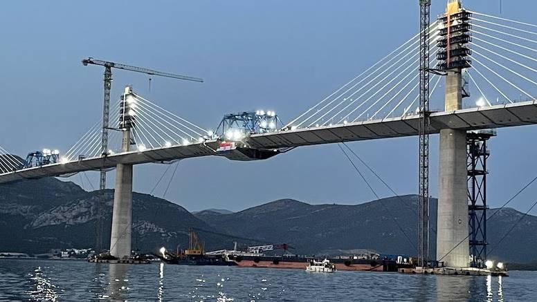 A da mi lijepo Pelješki most nazovemo po 'najzaslužnijem' premijeru Andreju Plenkoviću?