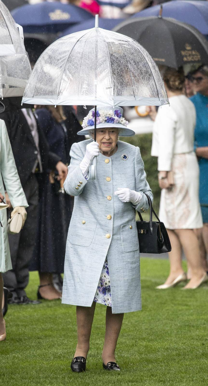 Queen at Royal Ascot day 2