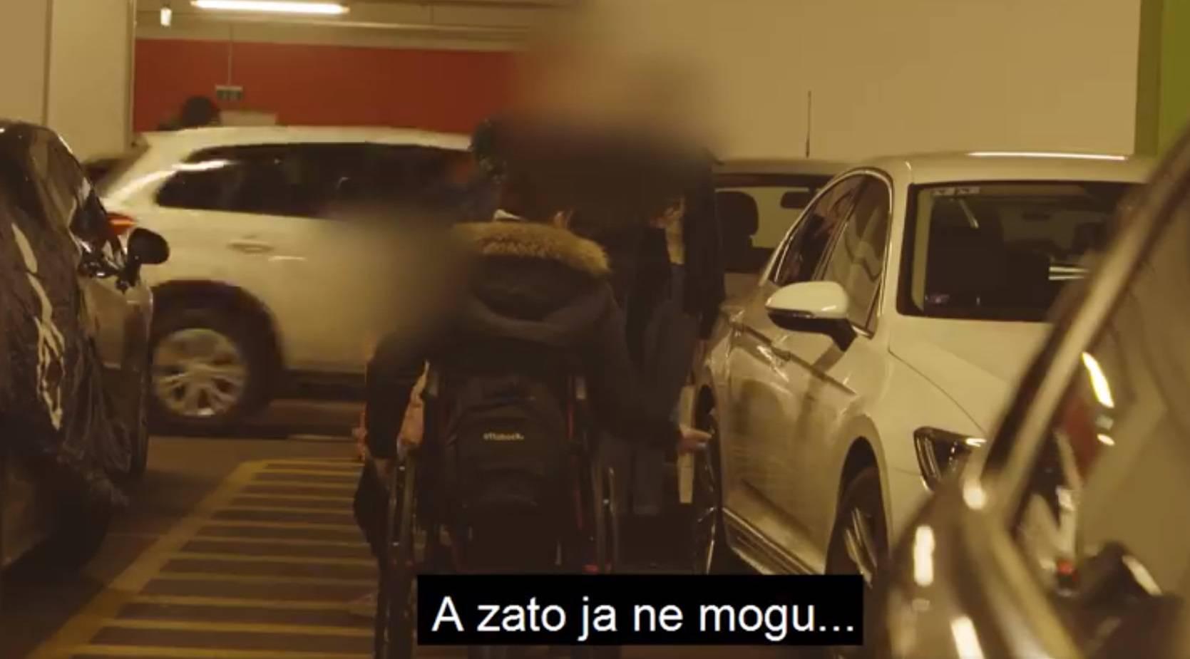 U Splitu parkirali na mjestima za invalide, pa im auti 'nestali'