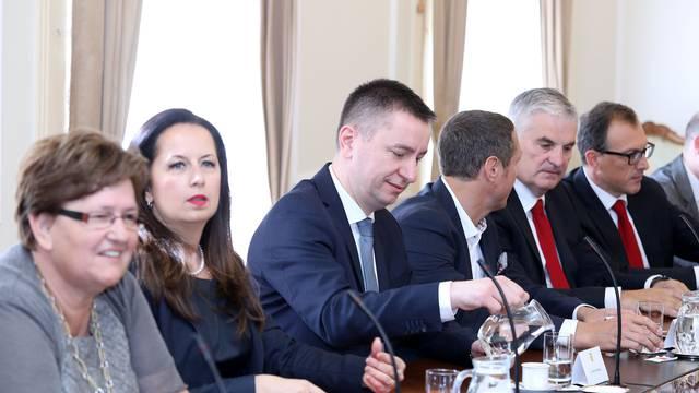 Izglasali nagodbu za Agrokor;  Plenković: Postignuti su ciljevi