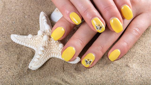 Savršen trik kako će vam lak za nokte ljeti trajati puno duže