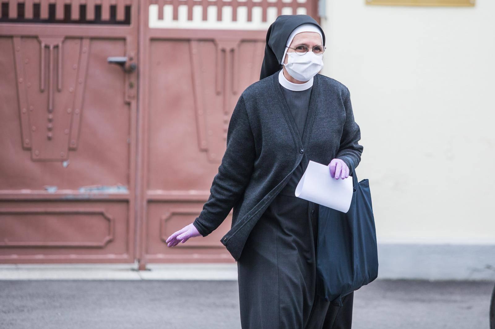 Desetak časnih sestara zaraženo je koronavirusom u Đakovu