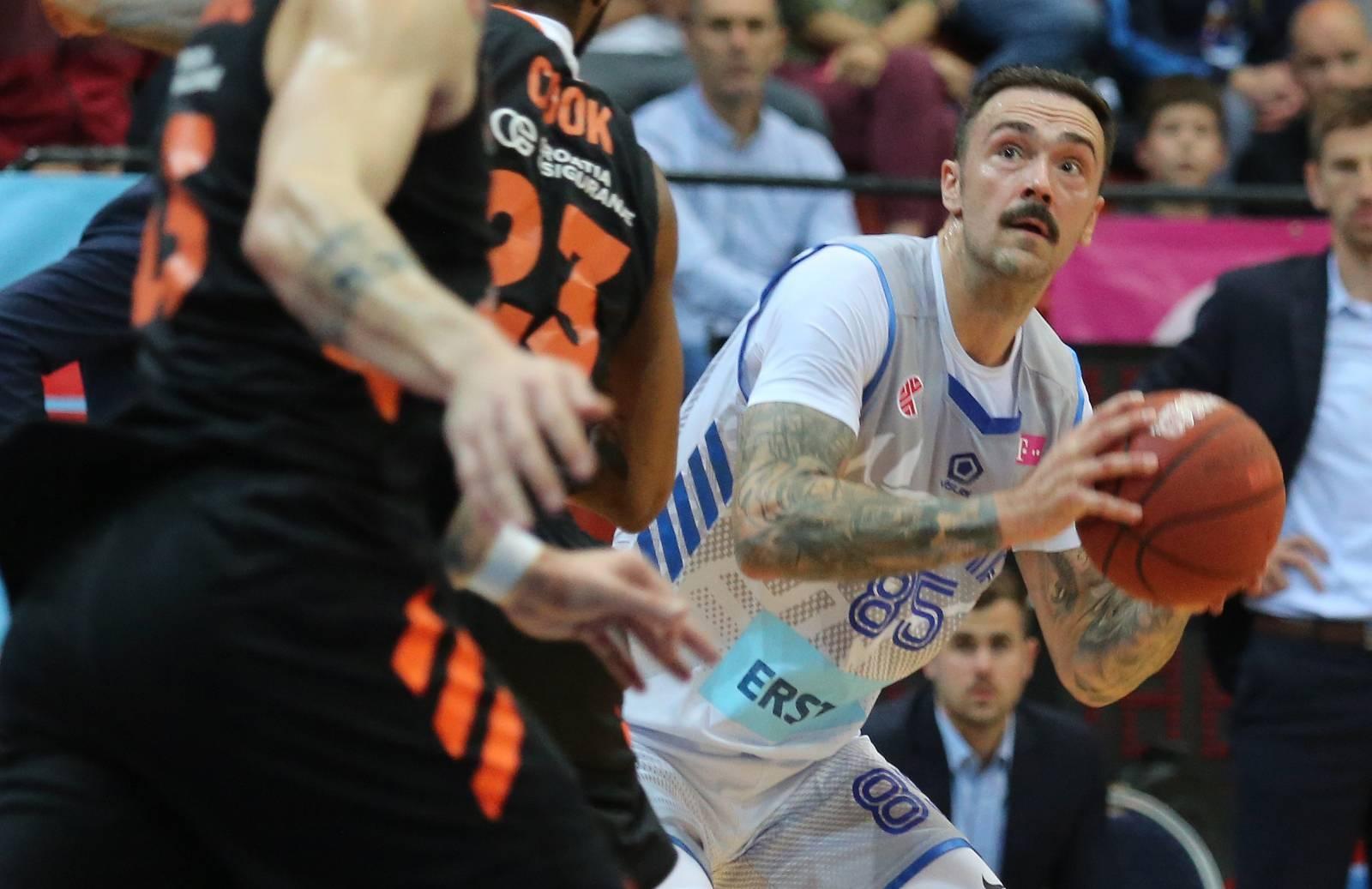 Zagreb: U 1. utakmici finala Telekom Premijer lige susreli se Cibona i Cedevita