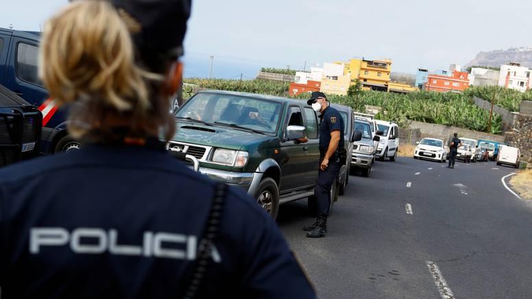 Masovna evakuacija s La Palme, lava napreduje prema kućama