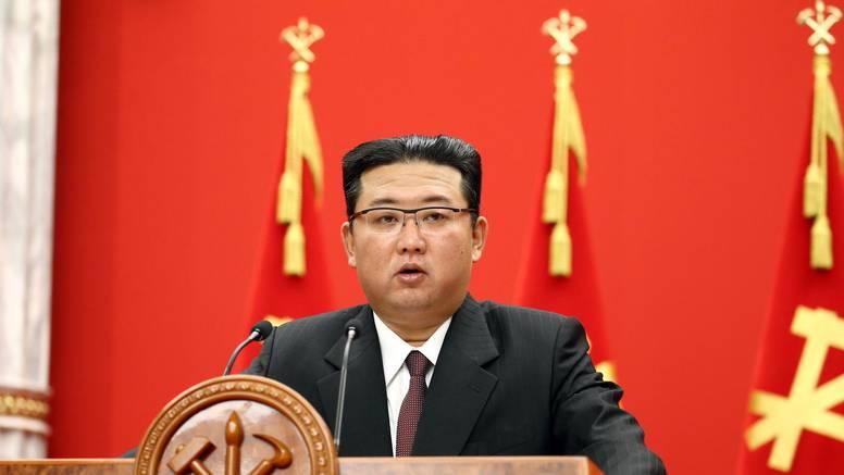 Kimov zahtjev dužnosnicima: Poboljšajte život u Sjevernoj Koreji, ne tražite privilegije