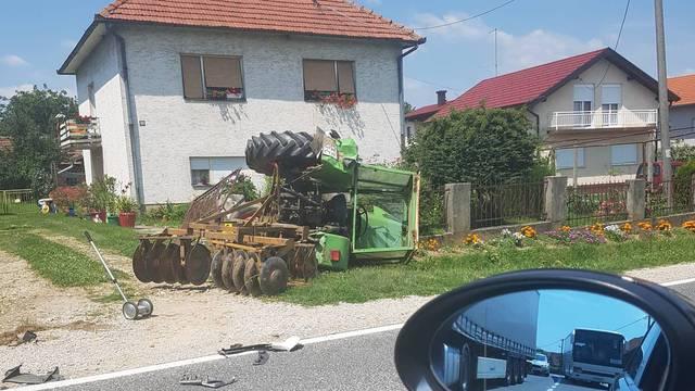 Sudario se  s kamionom blizu Čakovca: Traktor se prevrnuo
