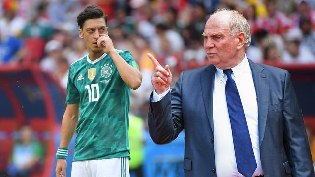 Bayern President Uli Hoeness attacks Mesut Oezil with drastic words after his resignation from the DFB team.