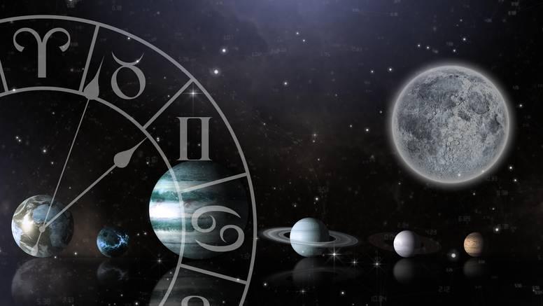 Večeras je pun Mjesec: Evo kako to utječe na ljubavni život
