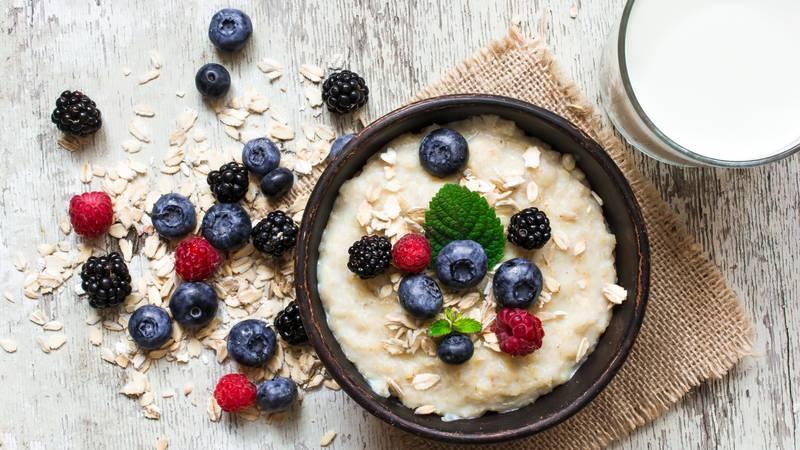 Za snagu i užitak: Tri recepta za ukusnu zobenu kašu za doručak