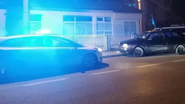 Policajci jurili za crnim Golfom u Dubravi, pucali su  u zrak!