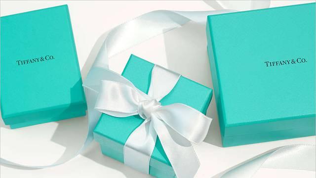 Tiffany & Co. prvi put prodaje muško zaručničko prstenje