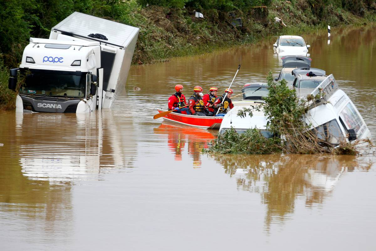 Poplave u Njemačkoj i Belgiji odnijele su 170 života: Šteta će se brojati u  milijardama eura | 24sata