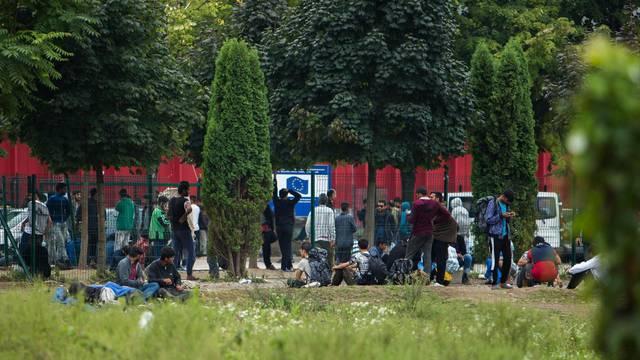 Život migranata u izbjegličkim kampovima u Bihaću