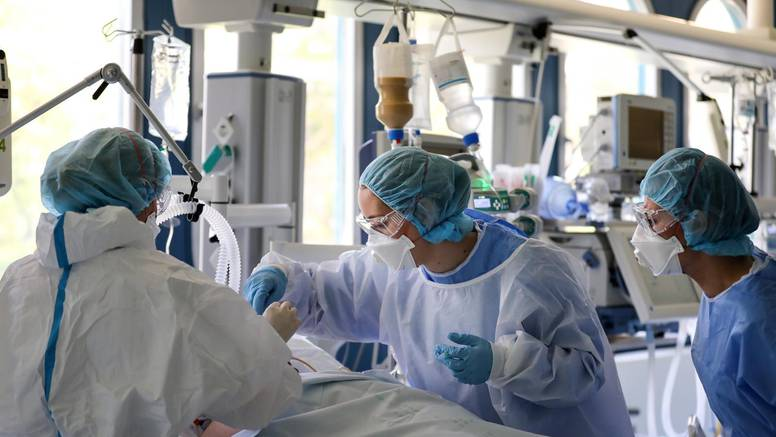 Pacijenti već dugo imaju strogi režim, za medicinare tek kreće, a mnogi se i dalje nisu cijepili