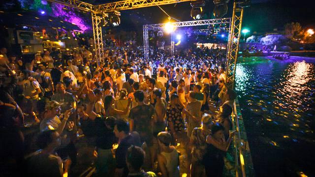 Zbog korone Tisno ostalo bez čak sedam ljetnih festivala
