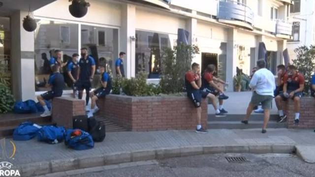 Priština u jedan dan mora naći 20 igrača za Europu, upravitelj hotela ih izbacio: Ajmo, razlaz!