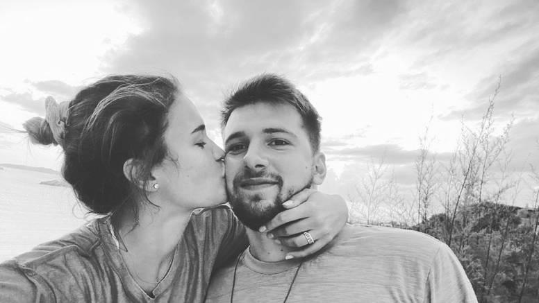 Luki Dončiću poručili o djevojci: 'Imaš 207 milijuna dolara, ali Anamariju ne ispuštaj iz ruku'