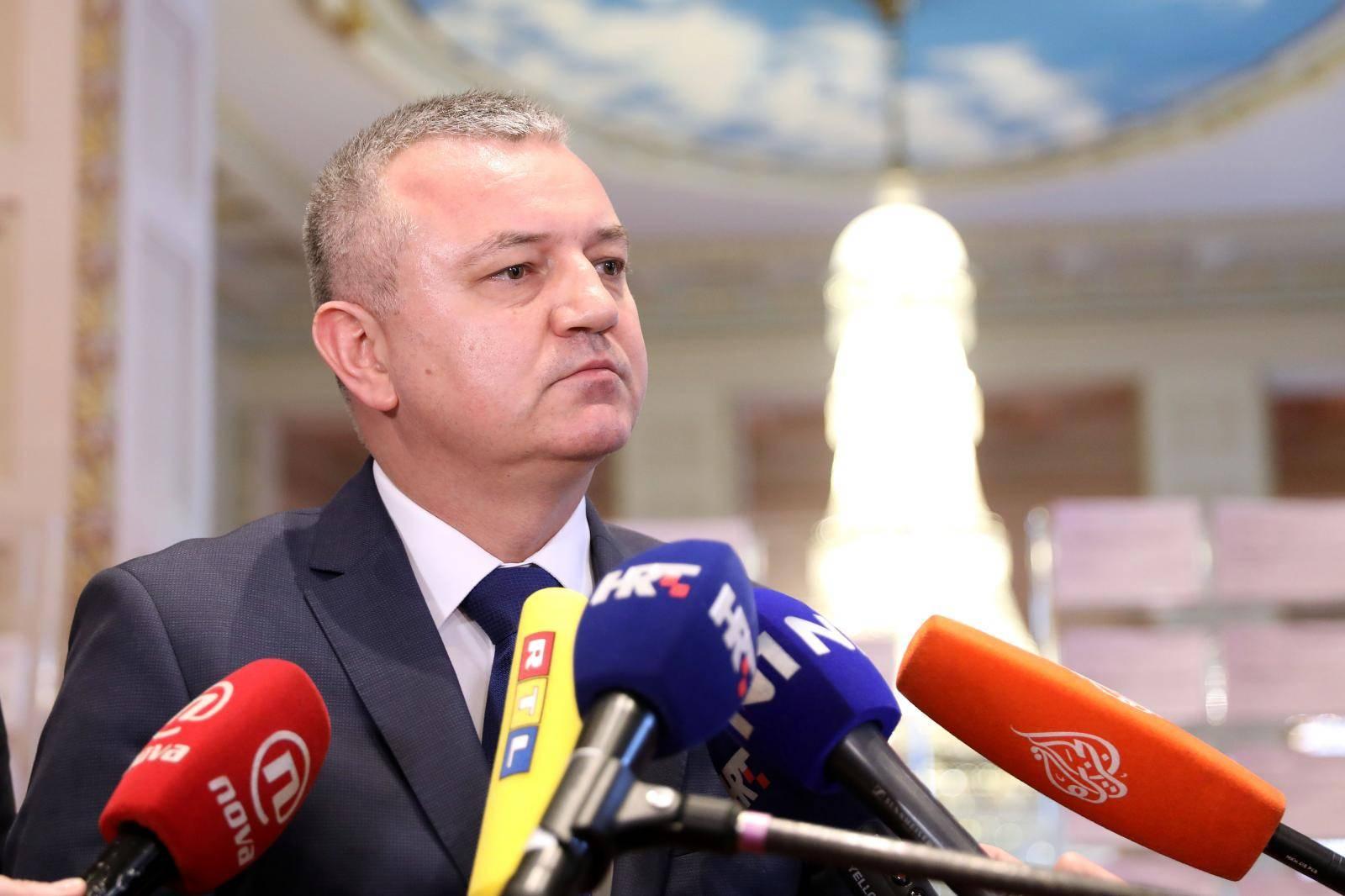 Zagreb: Ministar Horvat o Uljaniku