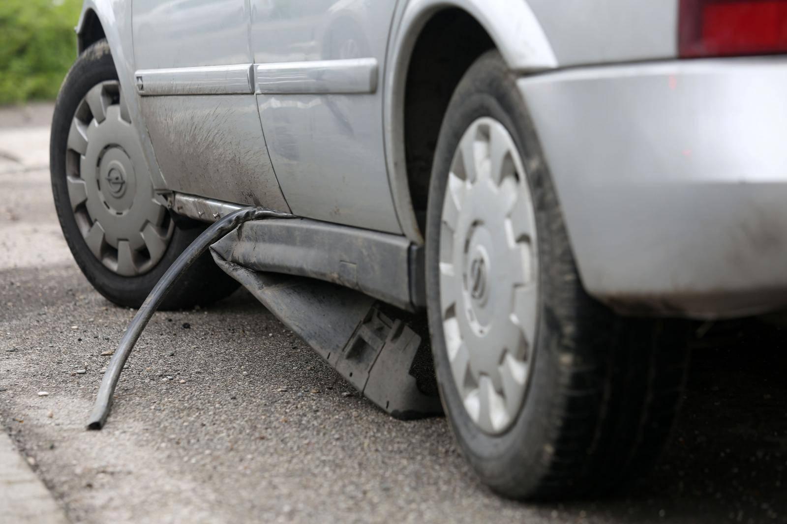 Policija zaustavila automobil u kojem je muškarac bježao policiji od Draganića do Zagreba