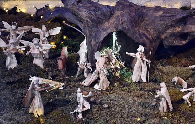 Prekrasno: Tradicijske jaslice od kukuruzne komušine izložene su u Muzeju brodskog Posavlja