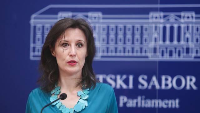 Zagreb: Dalija Orešković i Anka Mrak-Taritaš o članarinama u HOK-u i HGK
