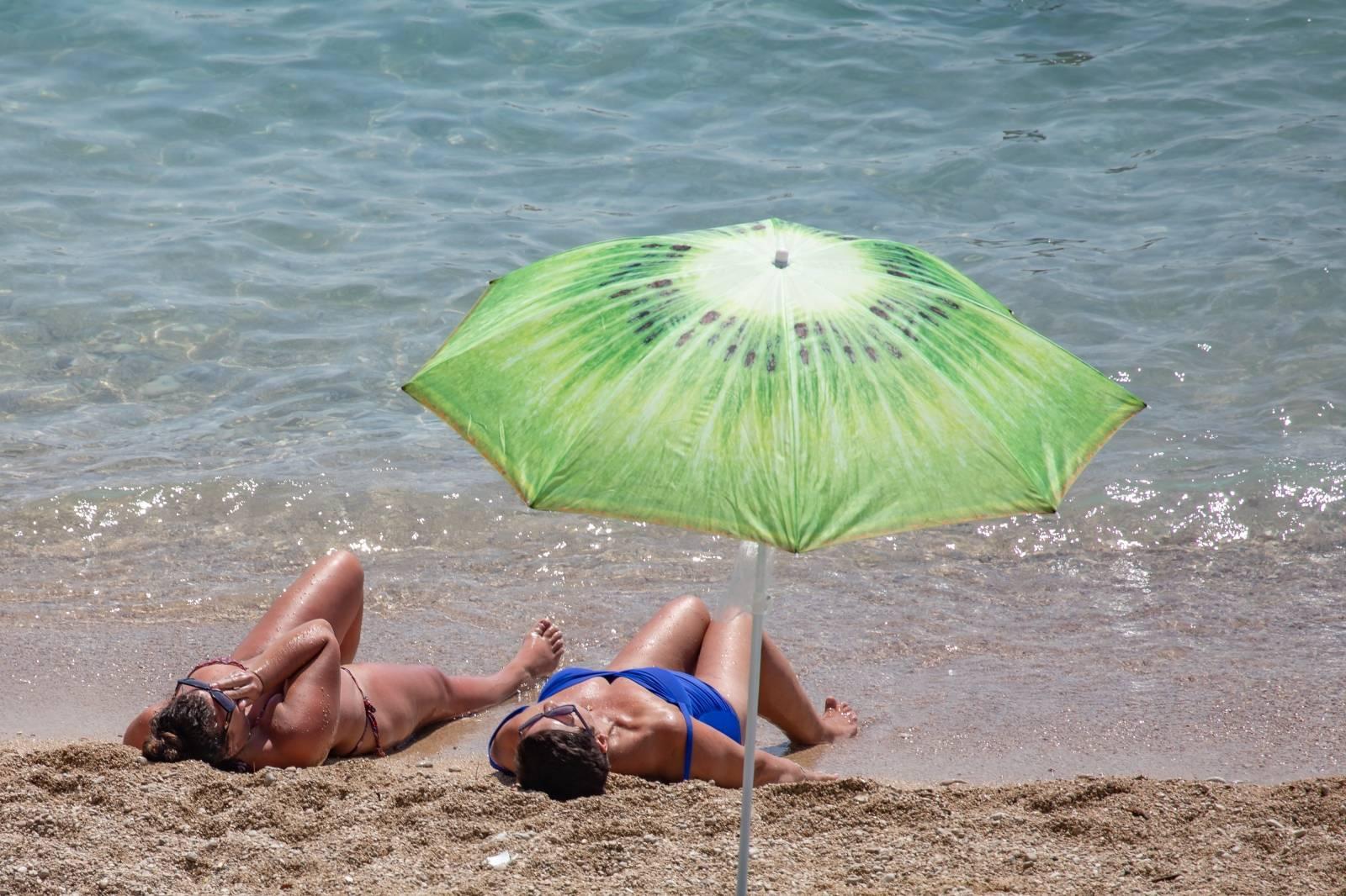 Plaža Banje - jedna od omiljenih plaža u Dubrovniku