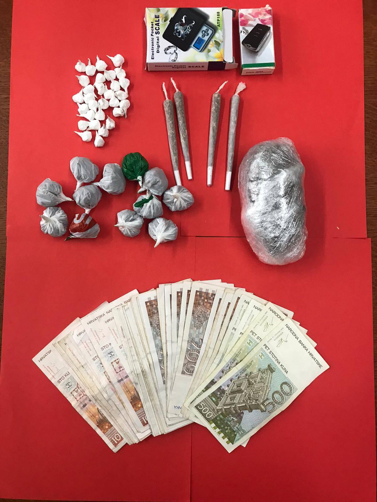 Kod Zadranina našli marihuanu i kokain, digitalne vage i novac