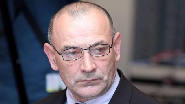 Stipendije na čekanju: Ministar Medved  već 12 dana u bolnici