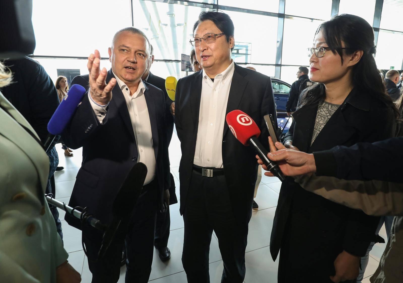 Zagreb:  Ministar Horvat održao zadnji sastanak i ispratio kinesku delegaciju CSIC-a