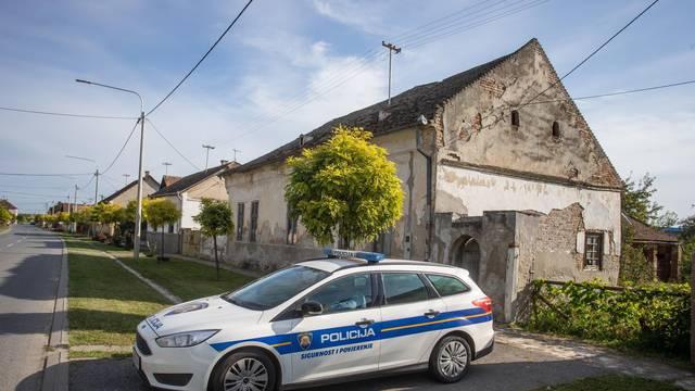 Batina: Policija ispred kuće u kojoj je uhićen muškarac