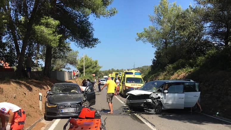 Krš i lom na magistrali: Kod Bibinja se sudarila dva auta