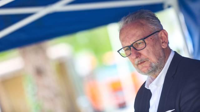 Božinović: 'Plešemo s virusom, prevari nas pa ga zaustavimo'