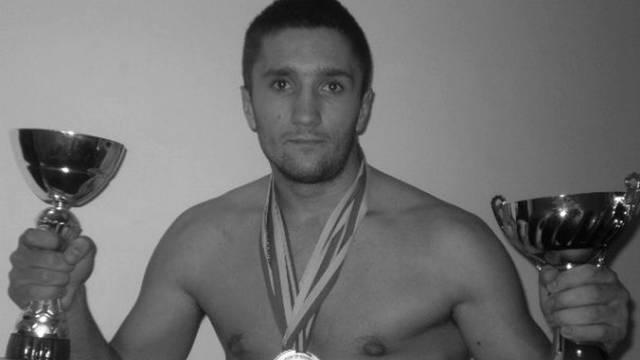 Strava u BiH: U buregdžinici je ubijen bivši kickboxing prvak