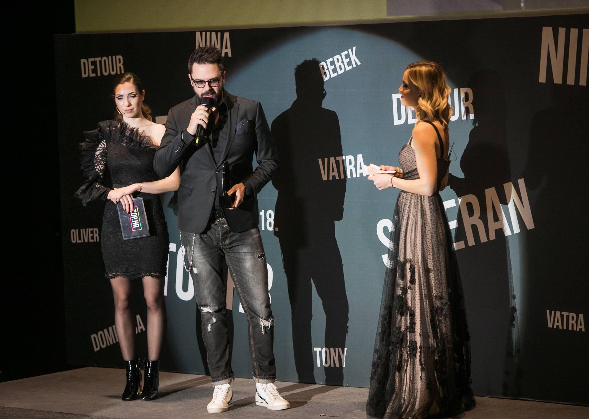 Grašo proslavio bez Danijele: Uzeo nagradu i grlio Domenicu