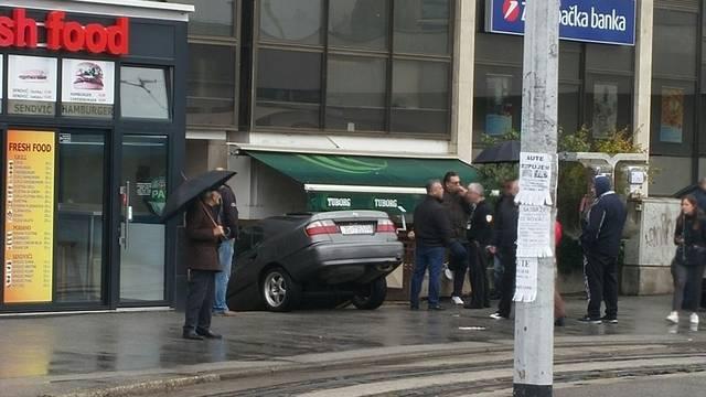 Mislio je autom  do parkirališta na Remizi, ali nije vidio stube...