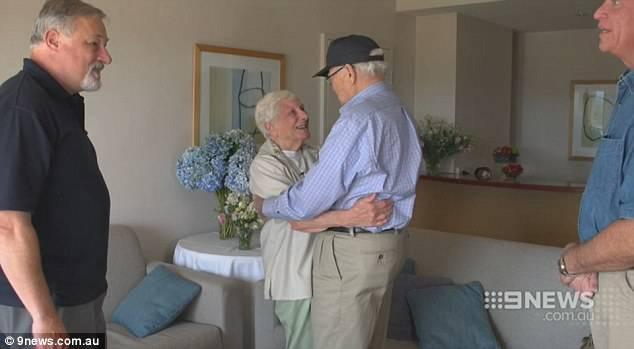 Nakon 70 godina opet zagrlio  svoju veliku ljubav iz mladosti