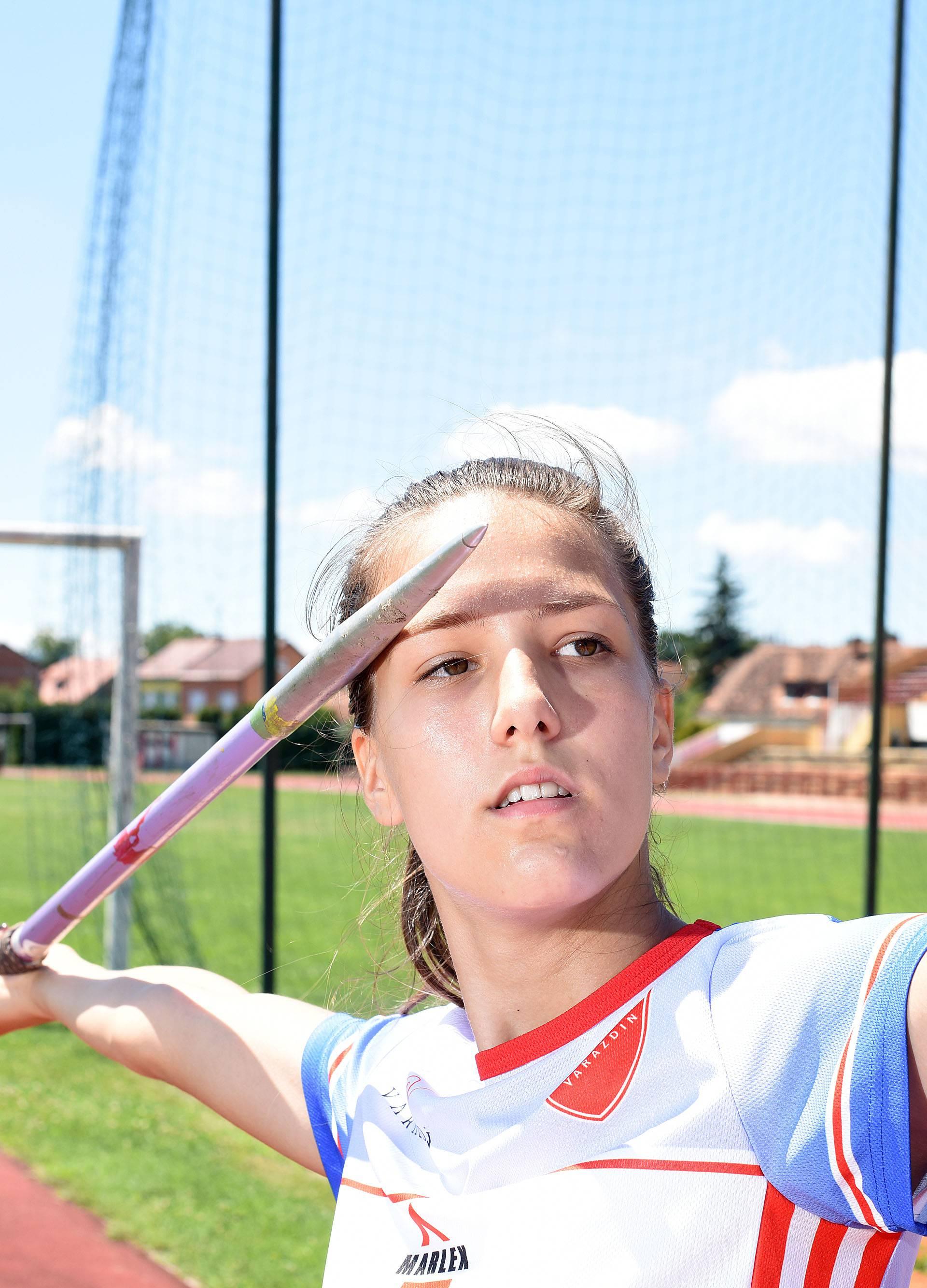 Bacala rakete, a sad prvakinja: Franja (18) nova je Sara Kolak