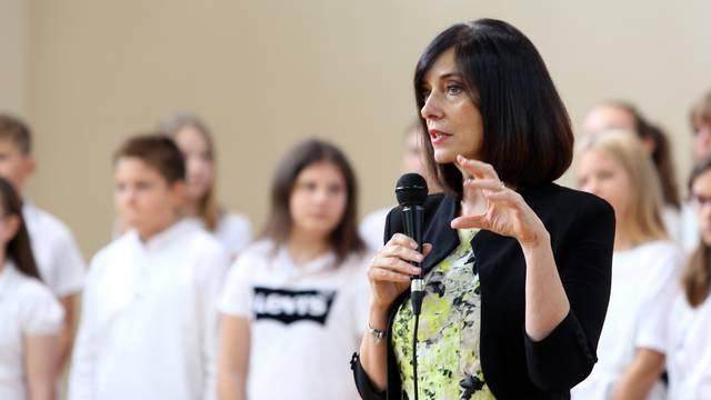 Zagreb: Ministrica Blaženka Divjak posjetila Osnovnu školu Gračani