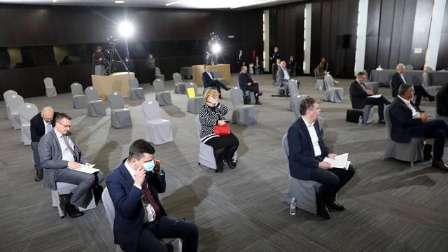 Zagreb: Sjednica Sabora nastavljena raspravom o uredbi o sekuratizaciji