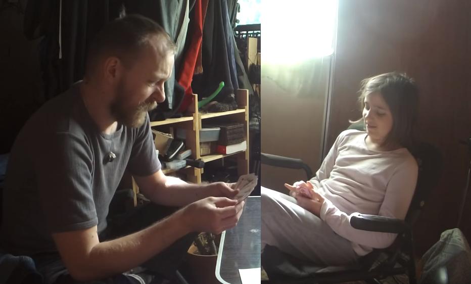 Nasmijali internet: Otac zbog poremećaja ne prestaje psovati