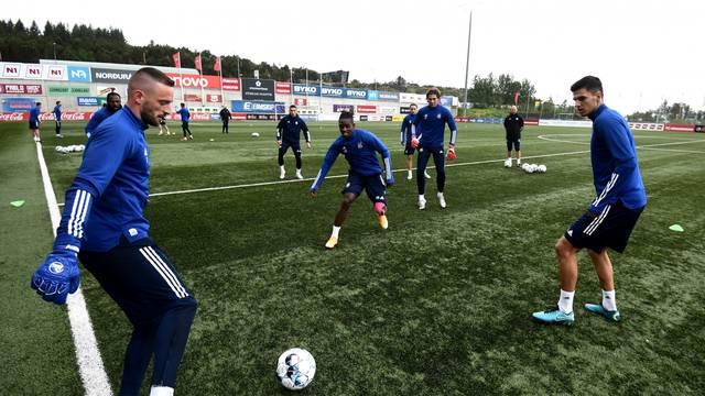 Reykjavik: Nogometaši DInama odradili trenunig uoči utakmice protiv Valura
