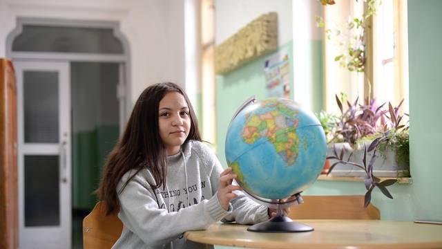 Lorena: Odlična sam učenica, ići ću na fakultet i biti pravnica