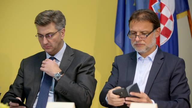 Radni stastanak HDZ-a na Kukuljanovu na kojem je sudjelovao i Andrej Plenković